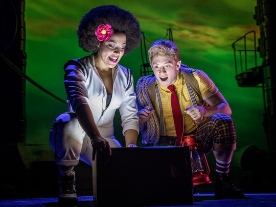 "Lilli Cooper and Ethan Slater in ""SpongeBob SquarePants"""
