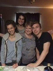 Ginger Joann Fox with her children on Thanksgiving