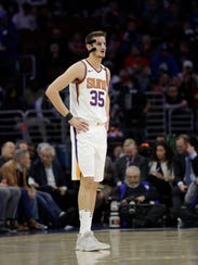 Suns forward Dragan Bender isn't comfortable with the mask he wears after breaking his nose last month.