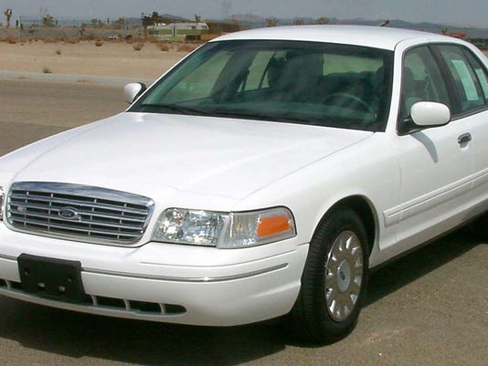2003_Ford_Crown_Victoria_--_NHTSA.jpg