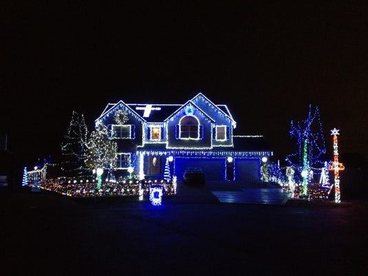 Holiday Night Lights house