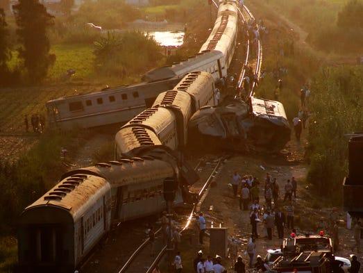 Un tren chocó el viernes contra otro cerca de la ciudad