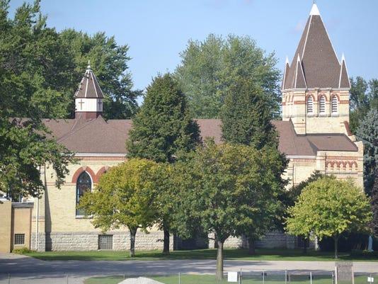 catholic church_5669 (1280x923)