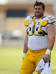 Green Bay Packers tackle Chad Clifton during training