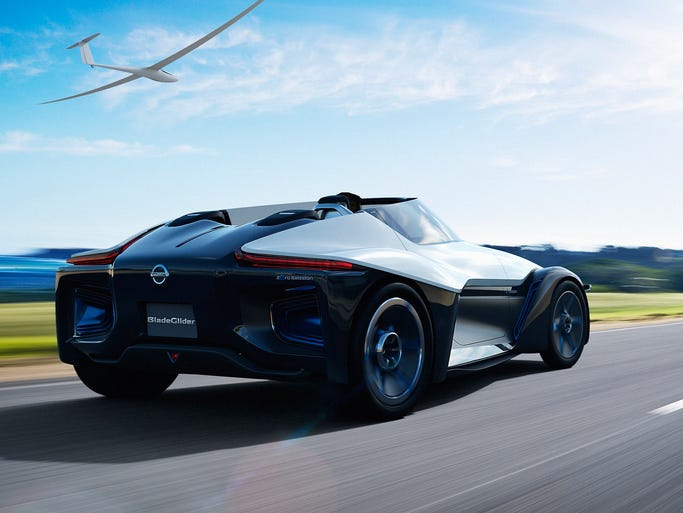 TOKYO (Nov. 7, 2013) ? Nissan BladeGlider, debuting at the Tokyo Motor Show, is both the future direction of Nissan electric vehicles and an exploratory prototype of the Nissan ZEOD RC from the world?s leading EV manufacturer.