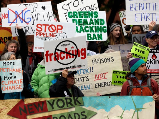 Opponents of hydraulic fracturing for natural gas rallied at the New York State Department of Environmental Conservation on Oct. 30, 2013.