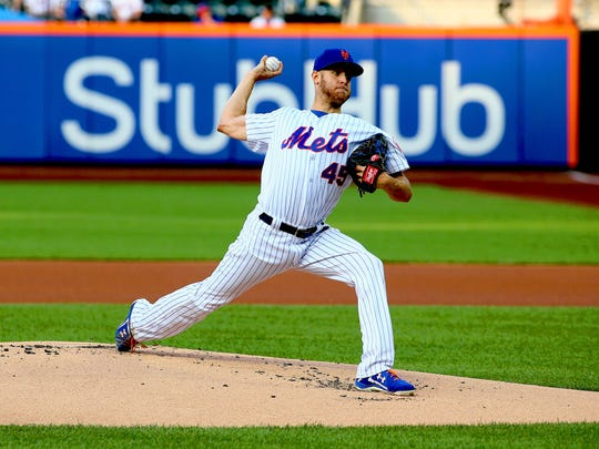 New York Mets starting pitcher Zack Wheeler (45) pitches against the Chicago Cubs during the first inning at Citi Field.