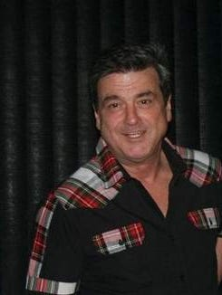 """Bay City Rollers Lead Singer Les McKeown greets fans attending a Jersey Shore """"Meet and Greet"""" event."""