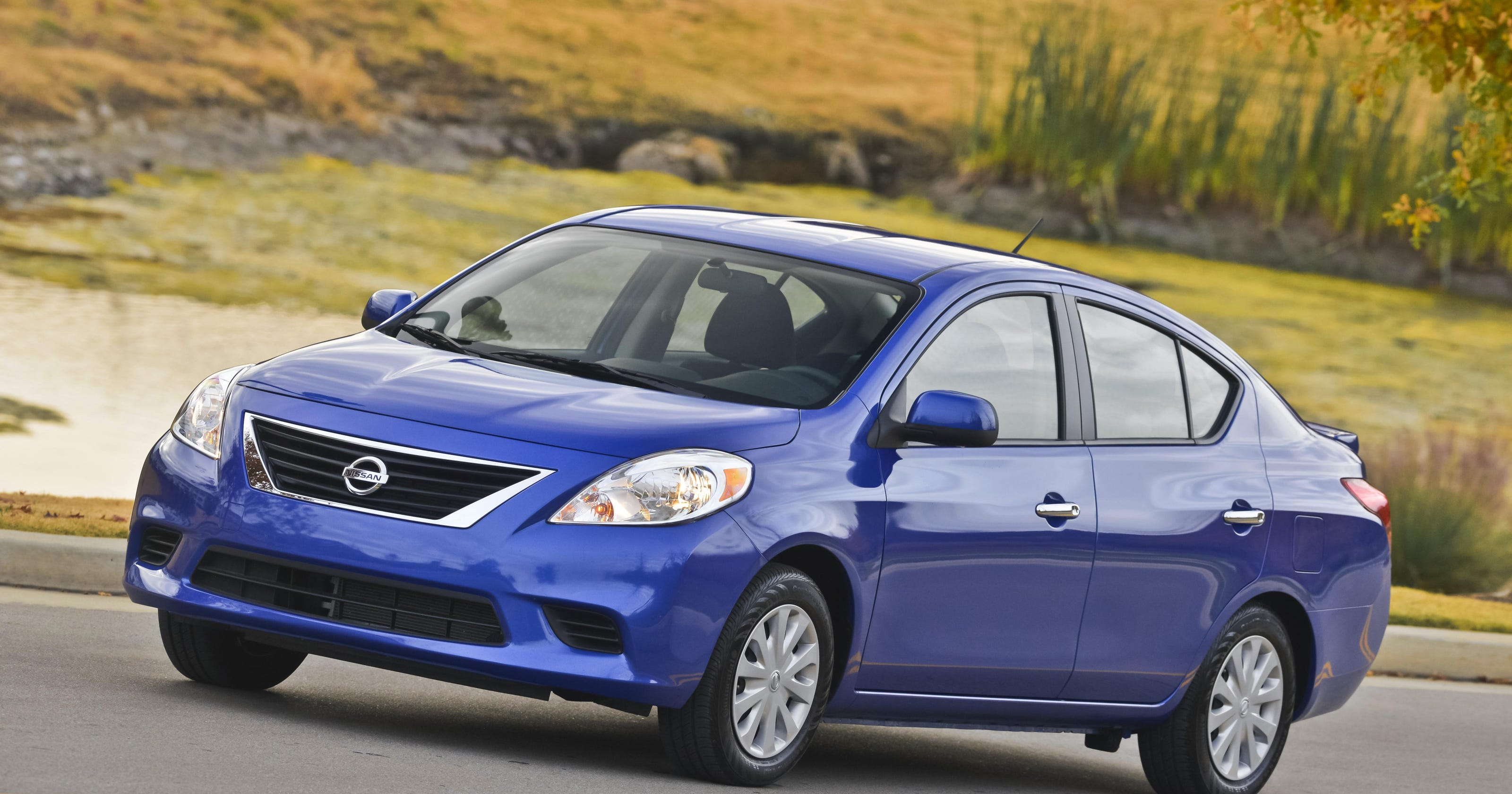 Nissan recalls 300,000 cars for acceleration concerns