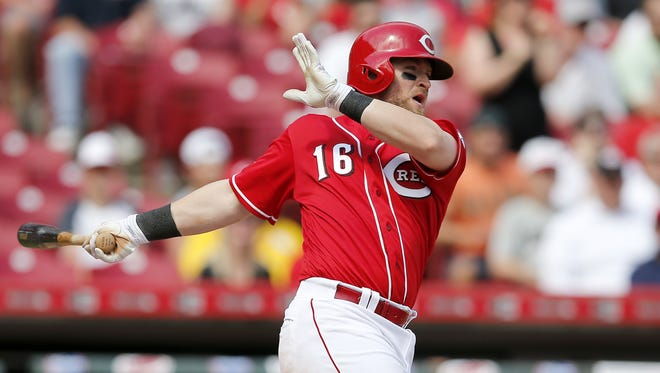 Tucker Barnhart's right hand contusion led the Reds to call up Raffy Lopez.