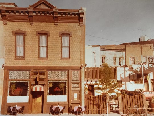 The building at 117 Linden St. in 1979 before it became