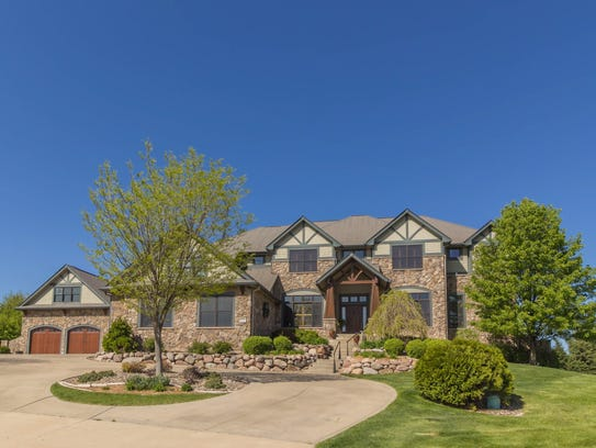 This West Des Moines house sold for $1,625,000.