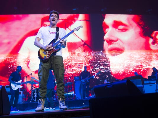 John Mayer shredded on his guitar in Phoenix, but his voice was a ...