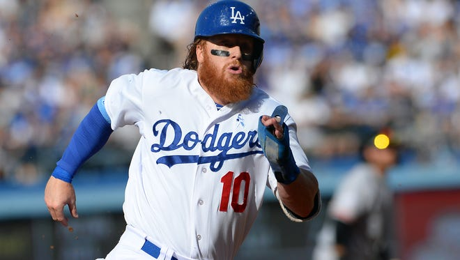 Dodgers third baseman Justin Turner finds righty-righty matchups more to his liking.