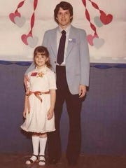 IndyStar reporter Dana Benbow with her dad, Dan Hunsinger, at a father-daughter dance.