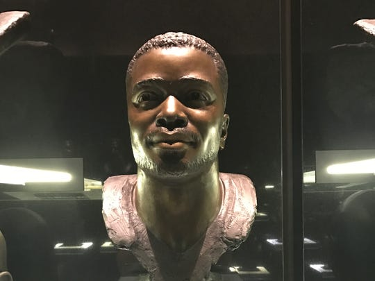 Curtis Martin's Hall of Fame bust.