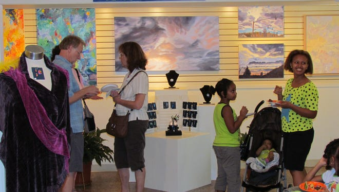 2014 winner, OASIS Fine Art & Craft, a cooperative of juried artists and artisans, has provided visual art exhibit opportunities, artistic and career growth experiences, artist networking and income to nearly 200 Shenandoah Valley artists since its founding in 2000.