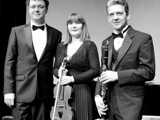 Kat Trio
