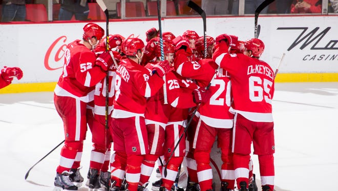 The Red Wings open the 2016-2017 season in Tampa Bay Thursday.