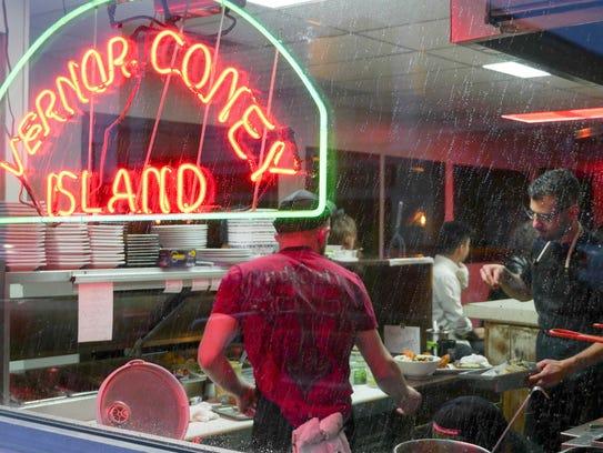 Detroit One Coney Island Restaurant Menu