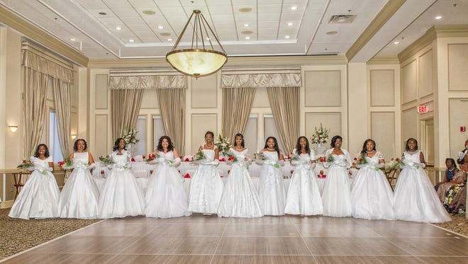 The 2017 Debutantes presented by the Leon County Chapter of The Charmettes