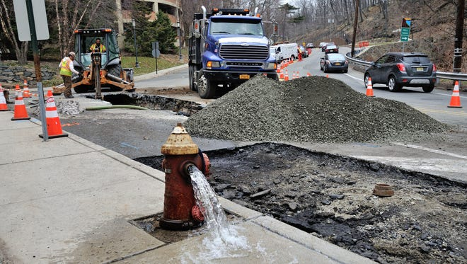 The southbound lane on River Road near Massa Lane was closed on Saturday in Fort Lee as crews from Suez Water repaired a water main break that occurred on Friday night.