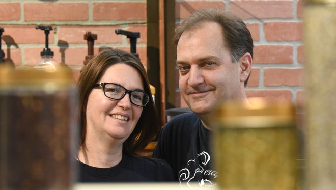 Seraphinea and Edward Roberts recently opened Seraphinea's Coffee and Tea Works in the Colony Square Mall.