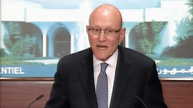Lebanon's Prime Minister Tammam Salam has formed a national unity Cabinet, over 10 months after he became premier.