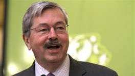 Branstad will stay out of nomination battle for 3rd District seat in Congress