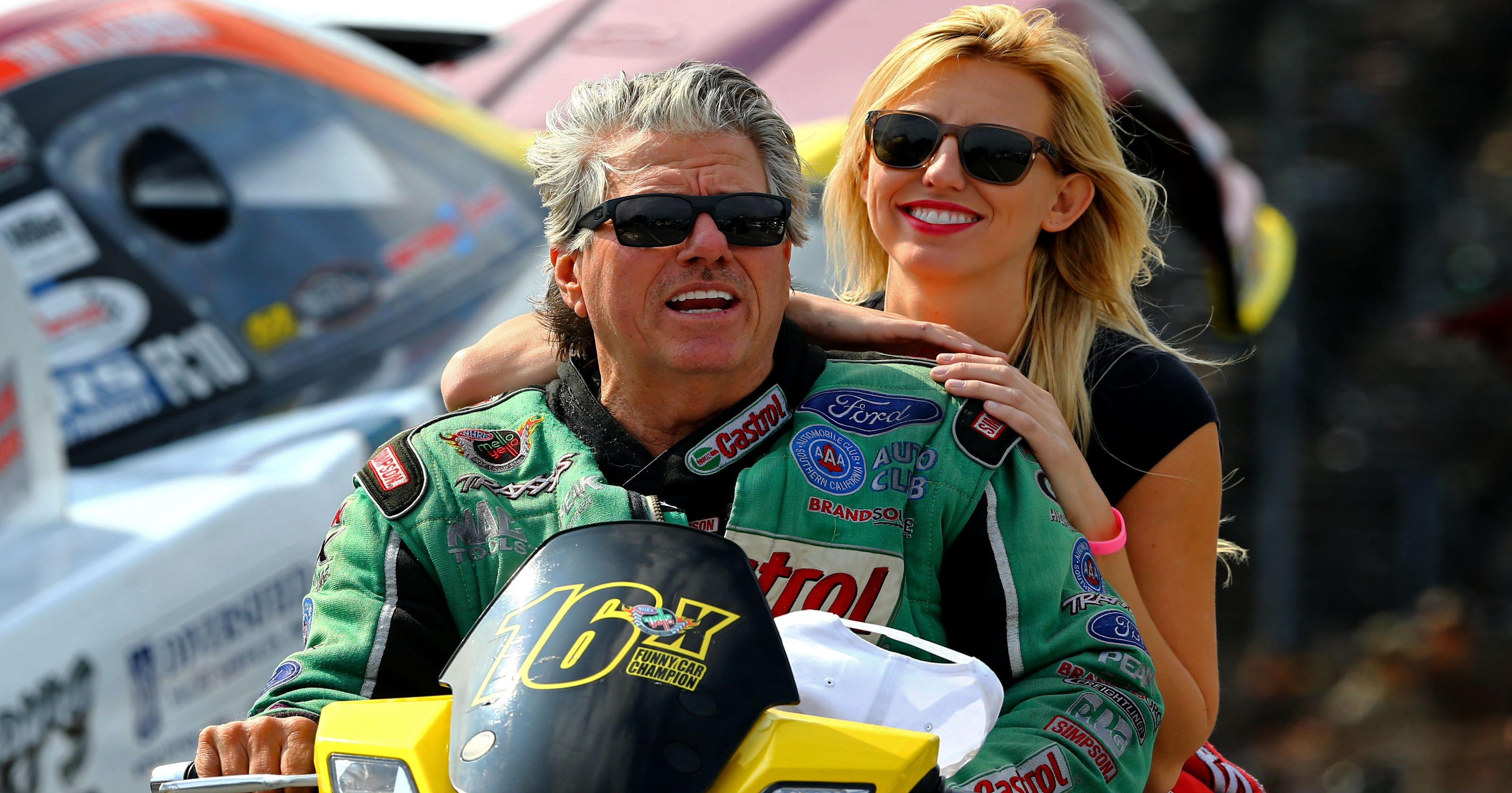 John Force forces immediate resignation of crew chief Jimmy