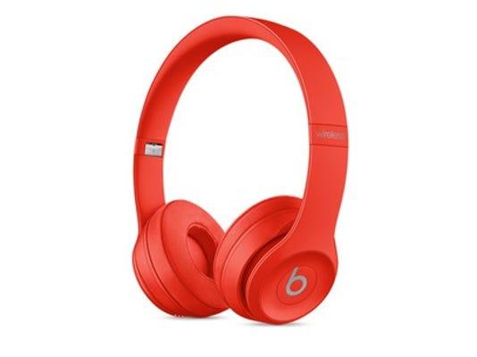 beats-headphones-source-aapl_large.jpg