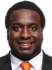 Tennessee defensive lineman Paul Bain