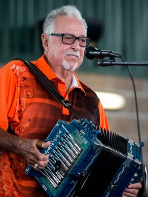 Belton Richard's smooth vocals and romantic lyrics set Cajun music in a new direction in the 1960s and '70s.