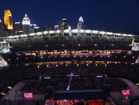 Stellar crowd at Cincinnati Music Festival
