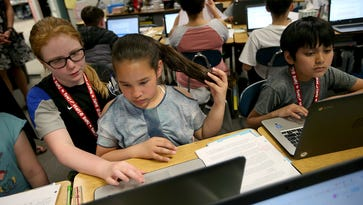 Emerald Heights students trained as tech experts