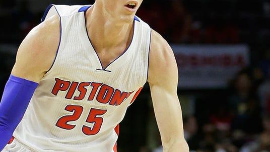 Pistons forward Kyle Singler