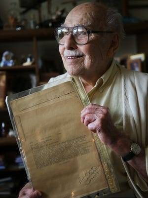 """Louisville, Ky., native Richard Straub, 91,  joined the Army at the age of 19. He was in the Army Signal Corps and went in behind the infantry onto Utah Beach at D-Day+3.On May 7, 1945, he took the """"end of war"""" message from President Eisenhower."""