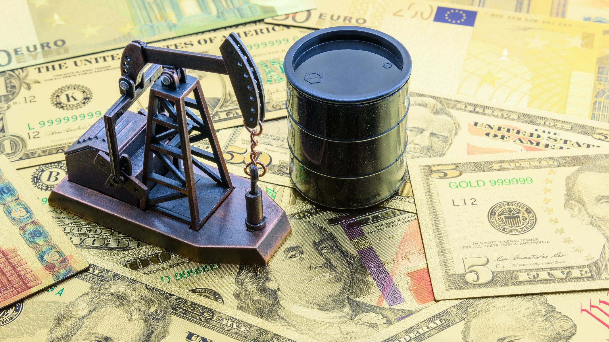 currentargus.com - Adrian Hedden, Carlsbad Current-Argus - Devon Energy merges with WPX Energy in $12 billion deal focused on Permian Basin oil