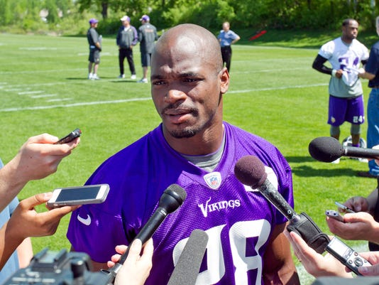 adrian-peterson-indicted