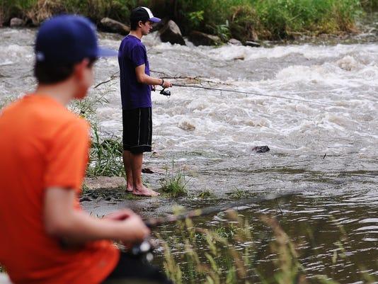 Fishing main