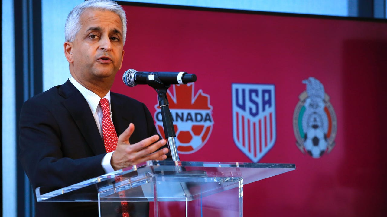 U.S. Soccer president Sunil Gulati discusses details of the 2026 World Cup bid launched by the United States, Mexico and Canada.
