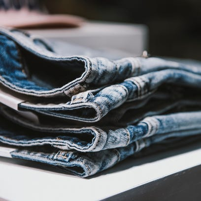 How to find the perfect jeans among all the new trensd