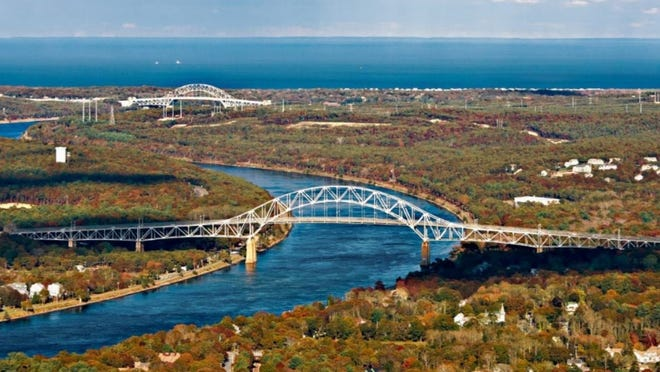 The Army Corps of Engineers plans to sign a memorandum of understanding Tuesday giving the Massachusetts Department of Transportation control over the Sagamore and Bourne bridges, including plans to replace the spans.