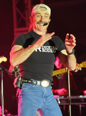 Country singer Aaron Tippin is the headliner Friday night at the Kewaunee County Fair in Luxemburg.