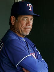 Texas Rangers batting coach Rudy Jaramillo before the