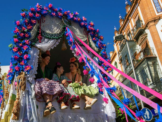 Women of Triana brotherhood take part at the traditional