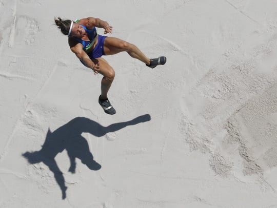 The United States' Heather Miller-Koch competes in