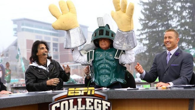 "Lee Corso picks Michigan State on ESPN's ""College GameDay"" set in East Lansing."