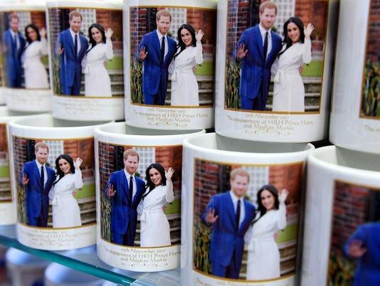 EPA BRITAIN ROYAL WEDDING HUM PEOPLE GBR