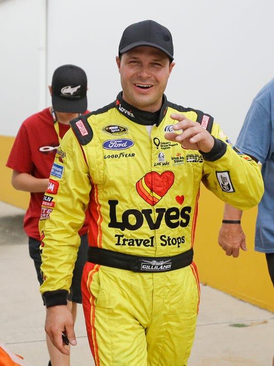 NASCAR Daytona Qualifying Auto Racing (2)